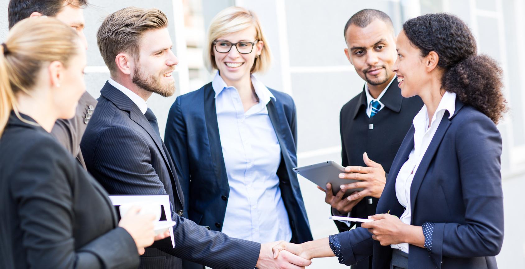 business team geschäftsabschluss